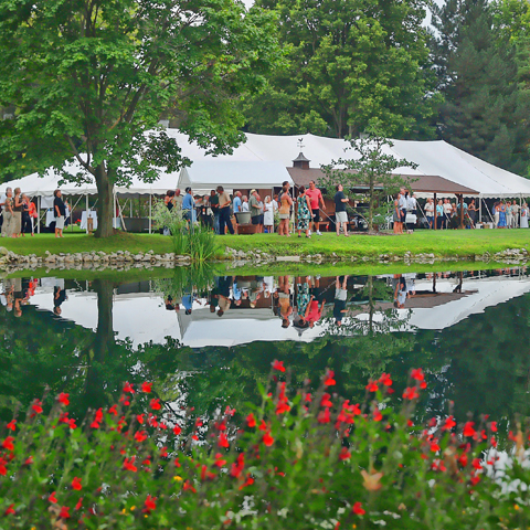 Great Gardens & 'S' Wine: A Pig Roast and Wine Tasting