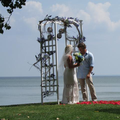 "Places to Say ""I do!"" at Ohio's Lake Erie Shores & Islands"
