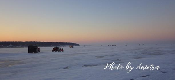 Ice Fishing on Lake Erie: Anietra Hamper for Lake Erie Shores & Islands
