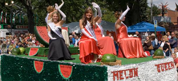 Wind Down Summer with These Lake Erie Shores & Islands Festivals & Events
