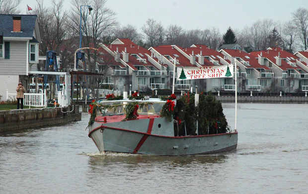 Christmas Tree Ship