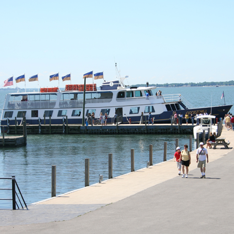 Narrated Cruise to Kelleys Island & Put-in-Bay