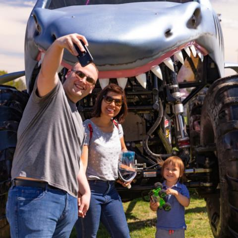 Monster Jam® Thunder Alley
