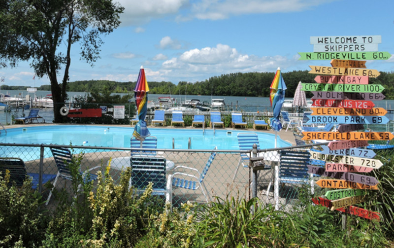 Skipper's Resort and Marina