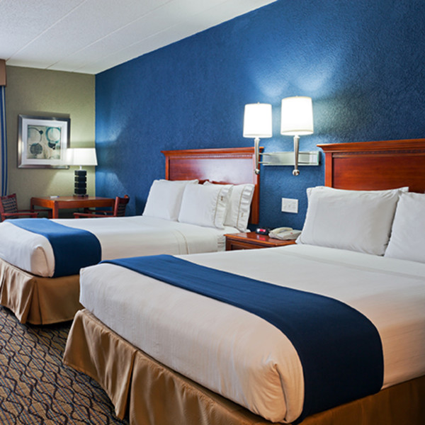 Holiday Inn Express & Suites-Port Clinton