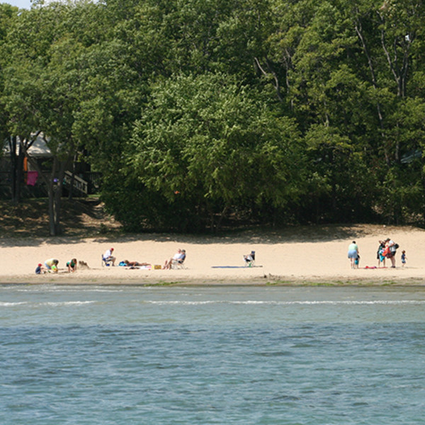 Kelleys Island State Park Beach