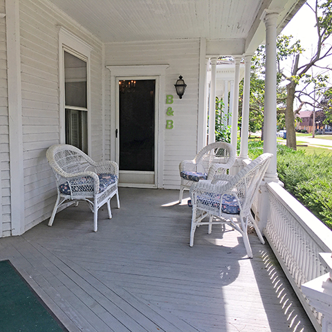 Oak Harbor Bed & Breakfast